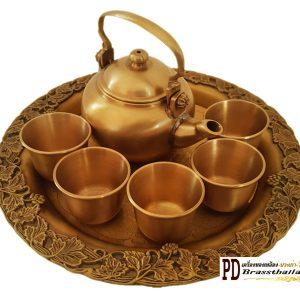 กาน้ำชาทองเหลืองแป้นถาดองุ่น